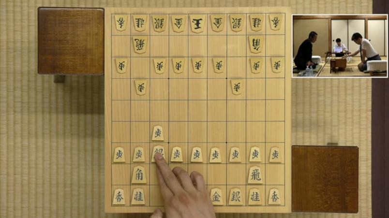 居角左美濃:叡王戦(羽生善治vs屋敷伸之)の5手目▲7七銀までの局面図